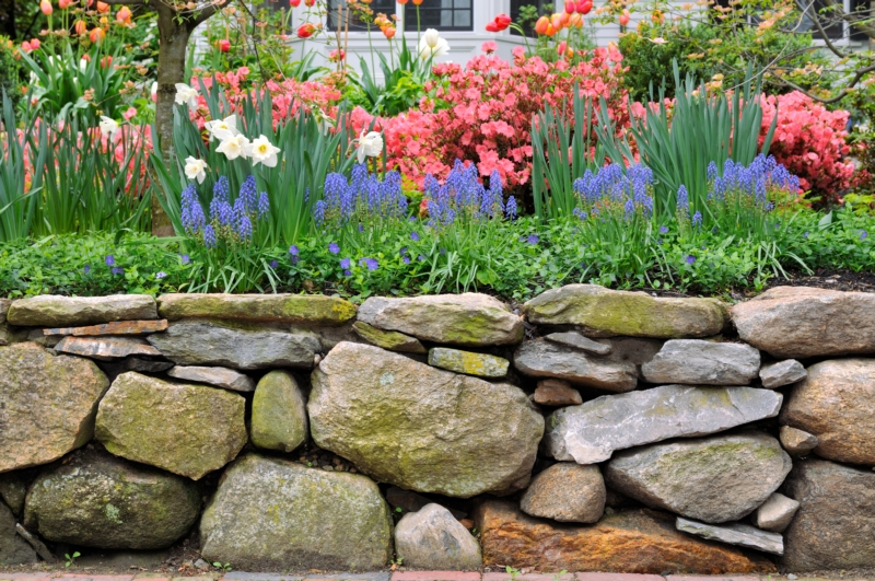 Stone-Wall-Edgewood-WA